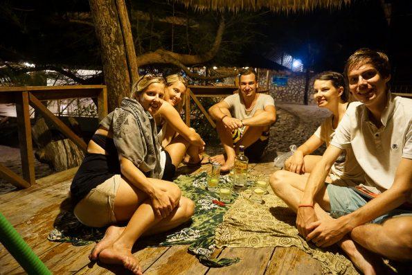 Den Abend im Treehaus ausklingen lassen